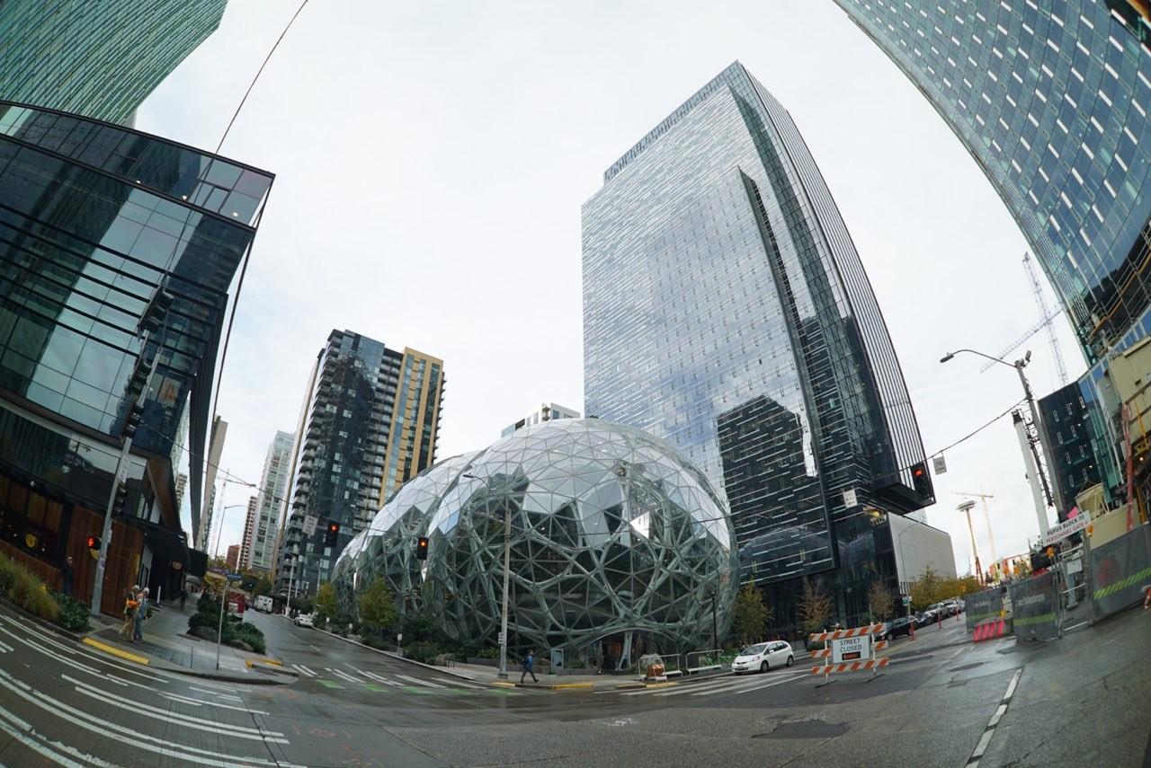 6d19c3e99ca Amazon  путь от убыточной компании к капитализации в 1 трлн долларов ...